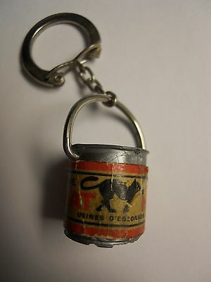 VINTAGE LE CHAT NOIR PAINT CAN PLASTIC KEYCHAIN from MOROCCO VERY RARE