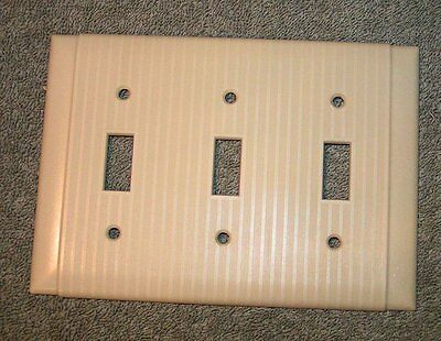 Vtg Uniline Ivory Art Deco ribbed Bakelite triple 3 toggle switch plate Cover