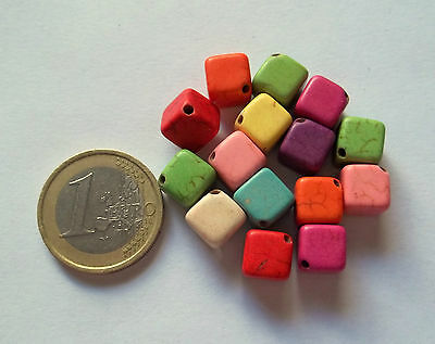 Lotto Cubetti: 15 Componenti In Howlite Naturale Multicolor Mm 8X8