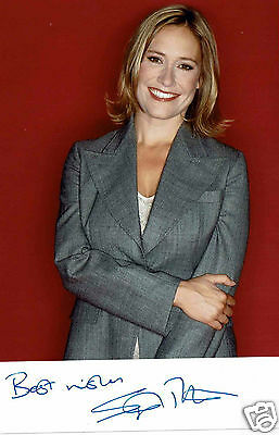 Sophie Raworth  News reader   Hand Signed Publicity Photograph 6 x 4