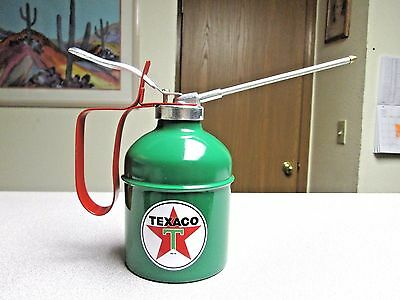 NEW 20oz THUMB LEVER PUMP TEXACO GAS GASOLINE OIL OILING CAN TRUCK FARM