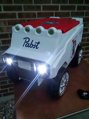 Pabst Range Rover Remote Control Cooler Beer Sign w/Speakers & Headlights..NIB