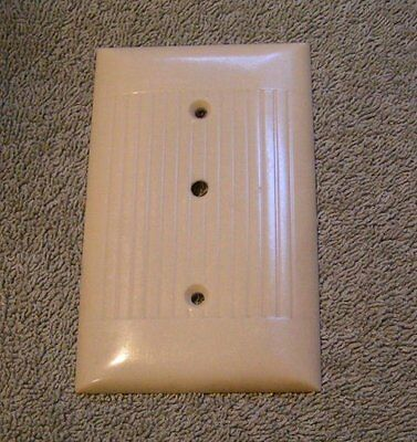 Vintage Ivory Ribbed Bakelite SIERRA Telephone line Switch plate Cover sku55