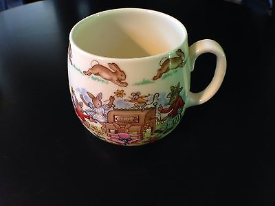 Royal Doulton Bunnykins Organ Grinder And Dancing Bunnies Cup