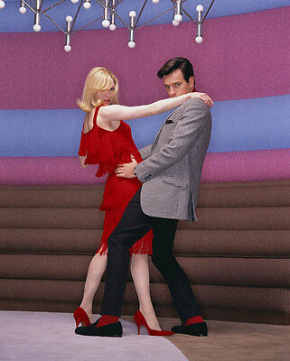 Rene Zellweger and Ewan McGregor UNSIGNED photo - H842 - Down with Love