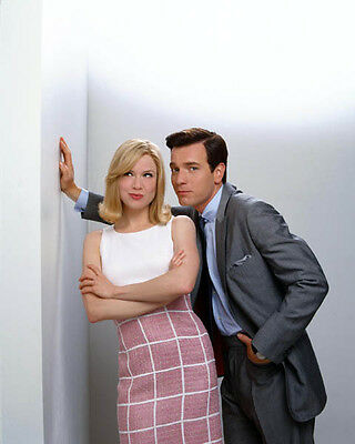 Rene Zellweger and Ewan McGregor UNSIGNED photo - H845 - Down with Love