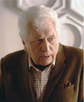 Tom Baker UNSIGNED photo - H20 - Doctor Who
