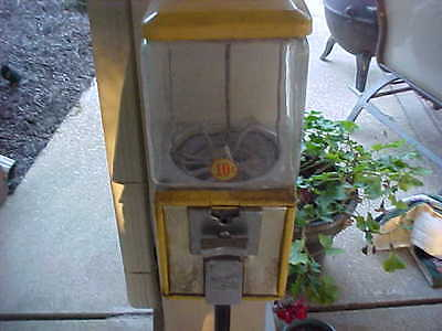 vintage Northwestern gumball machine + stand  man cave game room gift 10 CENTS