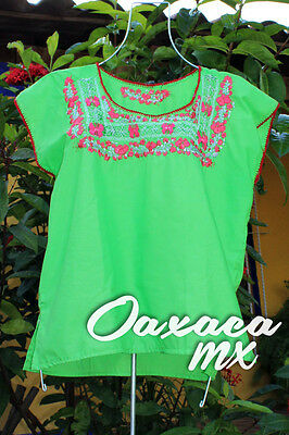 122 Womens Mexican Embroidered Green Blouse Oaxaca Boho Hippie Mayan Huipil