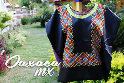 129 Womens Mexican Embroidered Black Huipil Oaxaca Boho Hippie Mayan Blouse