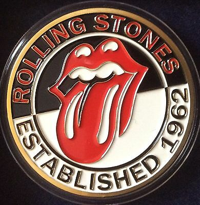 """Rolling Stones - Rare """"Established 1962"""" - Medallion Coin with Capsule and Stand"""