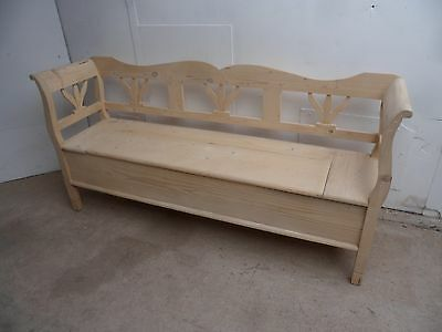 A Quality Reclaimed Pine 3 Seater Box Settle/Bench to Paint/Wax