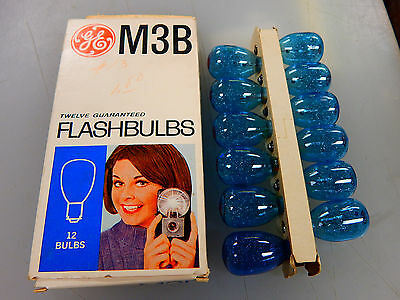 Vintage Ge M3B 12 Blue Flashbulbs In Original Box - 12 Bulbs, Camera, Pictures