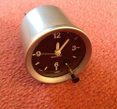 VDO 52mm Diameter Quartz Classic Car Clock - Refurbished