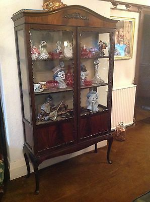 Flamed Mahogany Victorian Display Cabinet Queen Ann Legs