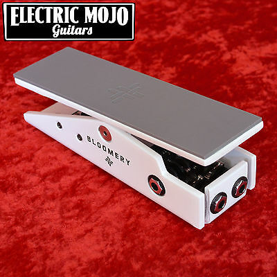 Tapestry Audio Bloomery Active Volume Pedal White