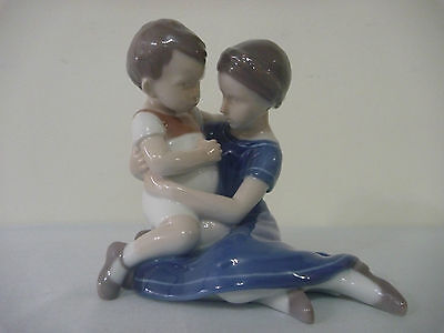 B&G Copenhagen Boy and Girl Figure #1568A .