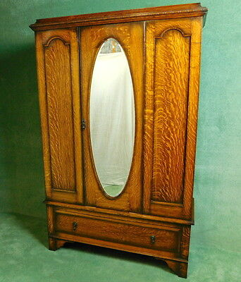 Oak 3 Piece B/r/s Comprising Mirror Door W/robe Fitted Dressing Chest & D/table