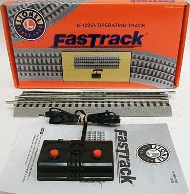 Lionel FasTrack Operating Track Section