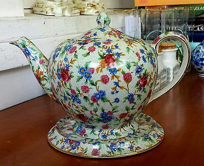 Royal Winton   , Grimwades   Teapot & Trivet . Old Cottage Chintz Pattern.