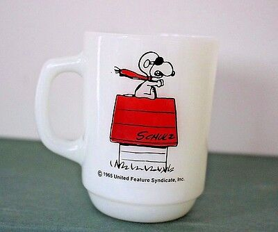 Vintage 1965 Anchor Hocking Snoopy Curse You Red Baron Milk Glass Coffee Cup