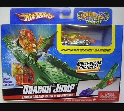 Hot Wheels Color Shifters Creatures Dragon Jump Mattel 2009 - NEW IN BOX