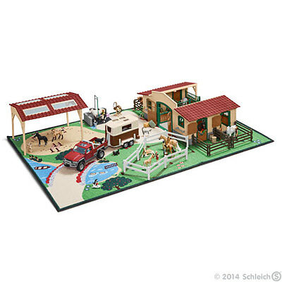 Schleich Farm Life Playmat - Kids Toy - Presents and Gifts for Children