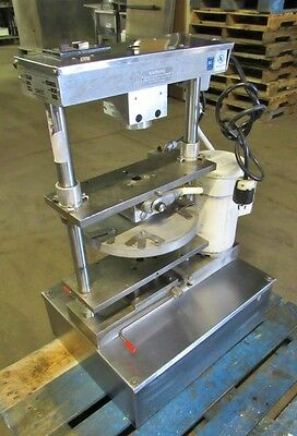Comtec Mod. 2200 Pie and Pastry Crust Press
