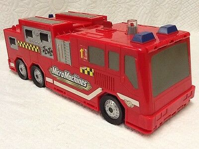 Micro Machines Fire Engine Truck Play Set Incomplete Hasbro 2002 Free Shipping