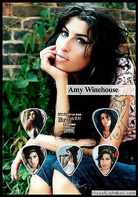 Amy Winehouse - Bronze - guitar picks on photo display LIMITED