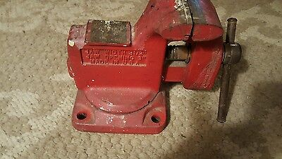 Stanley No 702 Vise Woodworking Bench Tool Vintage Made