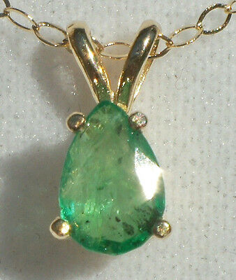 Natural Green Columbian Emerald 14K Solid Gold Pendant Necklace