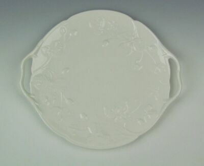 Minton China VICTORIA STRAWBERRY-WHITE Handled Cake Plate Excellent