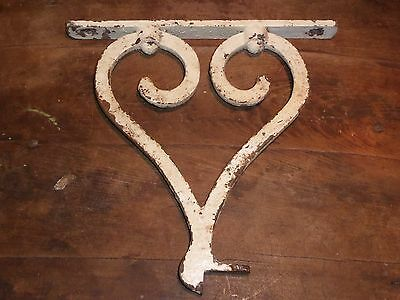 19th C ORIGINAL EARLY OLD WROUGHT IRON RARE HEART FORM BRACKET