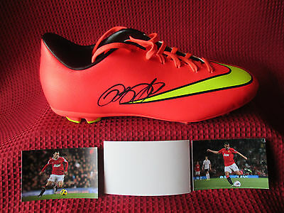 Manchester United Legend Ryan Giggs Genuine & Personally Signed Nike Boot - Coa