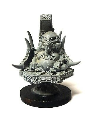 Warmaster - Lizardmen Slann Mage Priest - 10mm