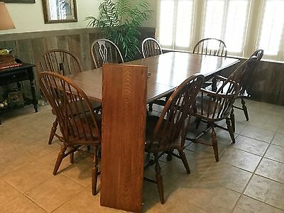 """Pennsylvania House solid oak dropleaf 86"""" dining room table, 2 leaves.8 chairs"""