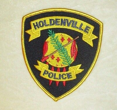 "Holdenville Police Dept Patch - Oklahoma - 4"" x 4 5/8"""