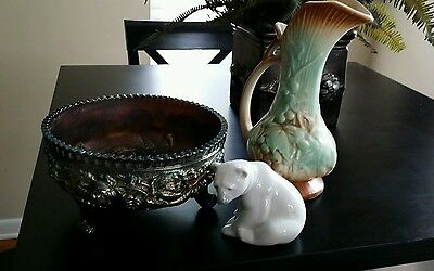 Collectors of McCoy, depression glass and LLadro