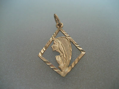 Vintage 10K Yellow Gold Praying Mother Mary Religious Pendant