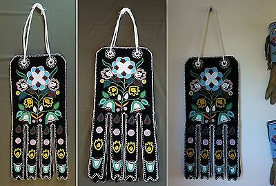 Very Fine Native American Pacific NW Alaska Tlingit Beaded 2 Sided Octopus Bag