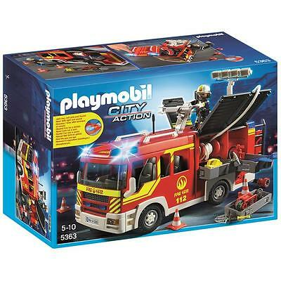 Playmobil - Fire Engine with Lights and Sound - 5363