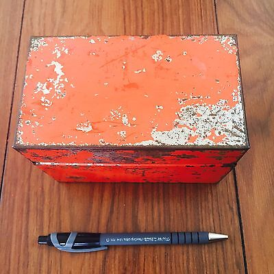 Vintage 40s/50s Red Orange Small Tin Box Great Patena • £15.00