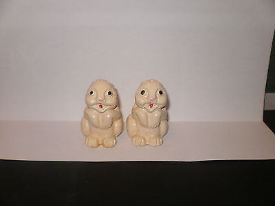 Vintage Rabbit Salt N Pepper Shakers  1942
