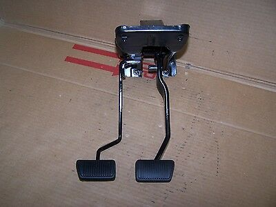 1967 Mustang 4 speed clutch and non-power brake pedals restored 67 68 1968