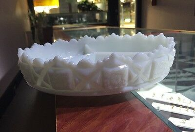 """Westmoreland Milk Glass Old Quilt Pattern 9"""" Three Part Divided Relish Bowl"""