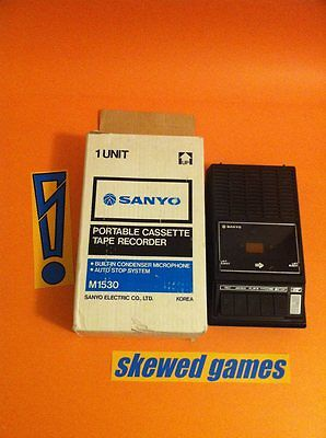SANYO Portable Cassette Tape Recorder M1530 Built in Condenser Microphone -