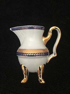 Small Decorative Porcelain 4 Footer Jug , 11 Cm Height