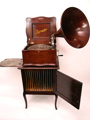 "Reginaphone Serpentine Style 15 1/2"" Music-Box with Gramophone and Disc Cabinet"