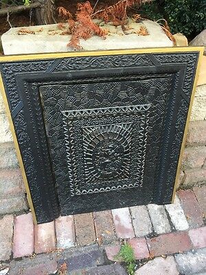 Fb 106 Antique Cast-Iron Ornate Fire Front With Fairy